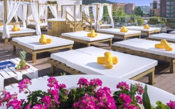 Terraza Chill-Out Tumbonas